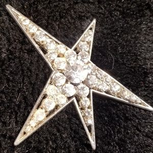 Sparkling rhinestone star pin